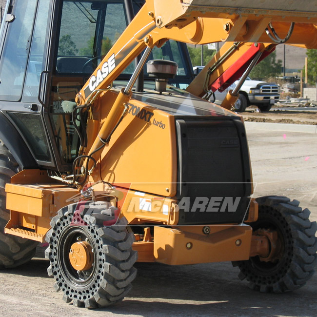Nu-Air DT Solid Tires with Flat Proof Cushion Technology with Rim  Caterpillar 436 4WD