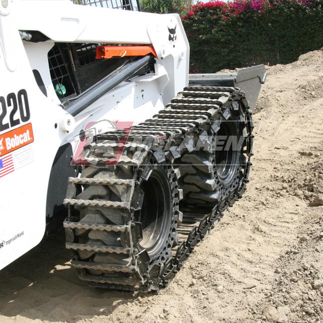Set of McLaren Diamond Over-The-Tire Tracks for Jcb 1110 ROBOT