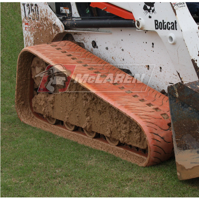 NextGen Turf Non-Marking rubber tracks for Bobcat S205