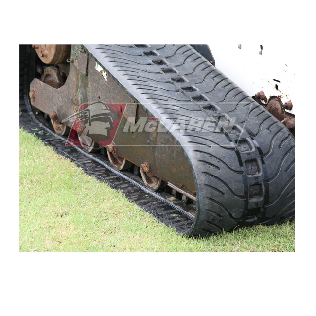 NextGen Turf rubber tracks for John deere 332