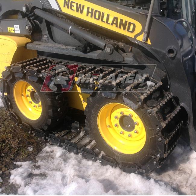 Set of Maximizer Over-The-Tire Tracks for Wacker neuson 5055
